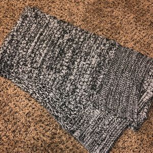 Speckled Black and White Scarf